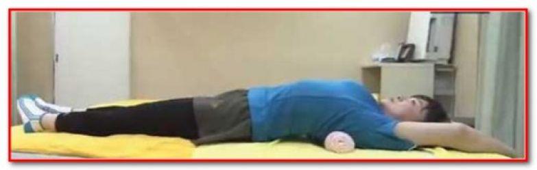 Гимнастика Для Похудения Японского Врача Фукуцудзи. Упражнение для спины с валиком. Методика Фукуцудзи