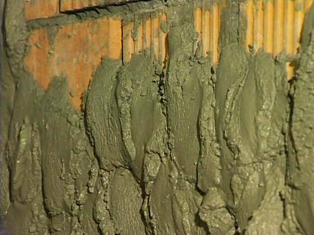 штукатурка поверхностей внутри здания цементно известковым